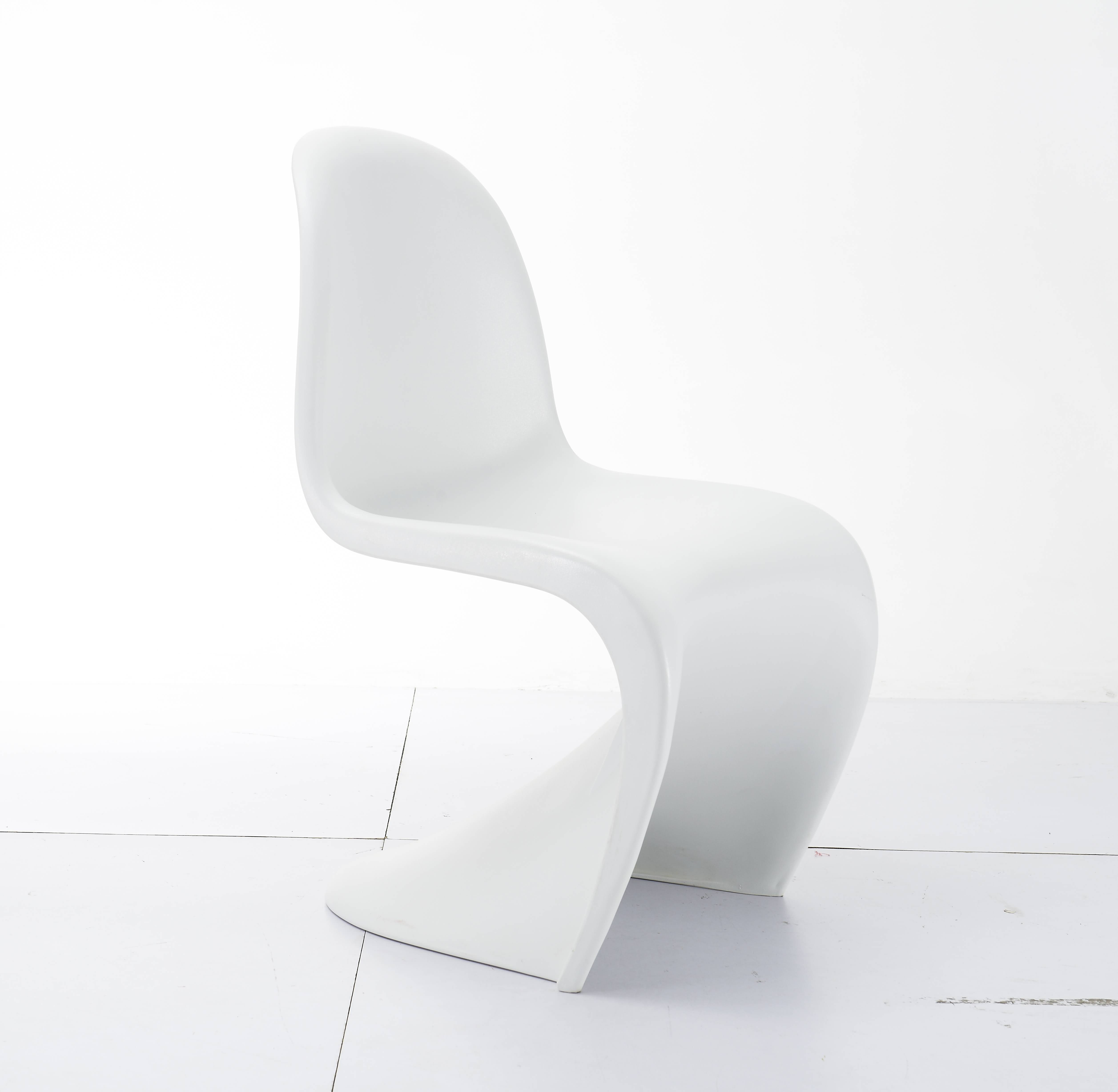 Indoor Chairs and Stools for Designers And Hospitality Industry